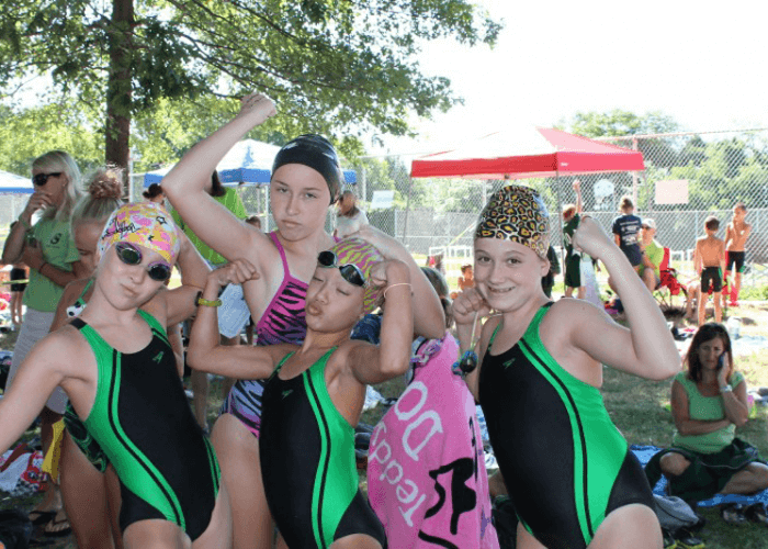 summer-league-swimmers