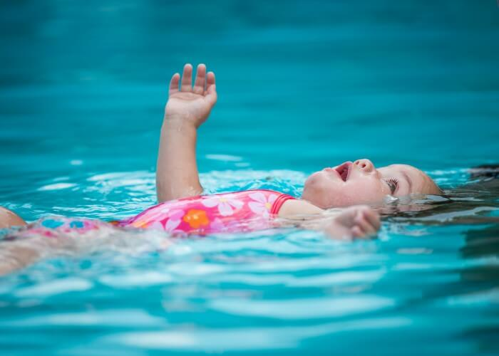 drown-proof-float-baby-lessons