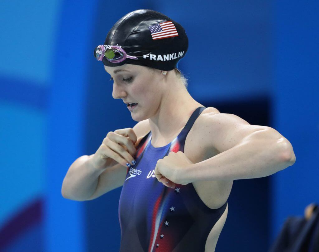 missy-franklin-adjust-fix-suit-200-backstroke