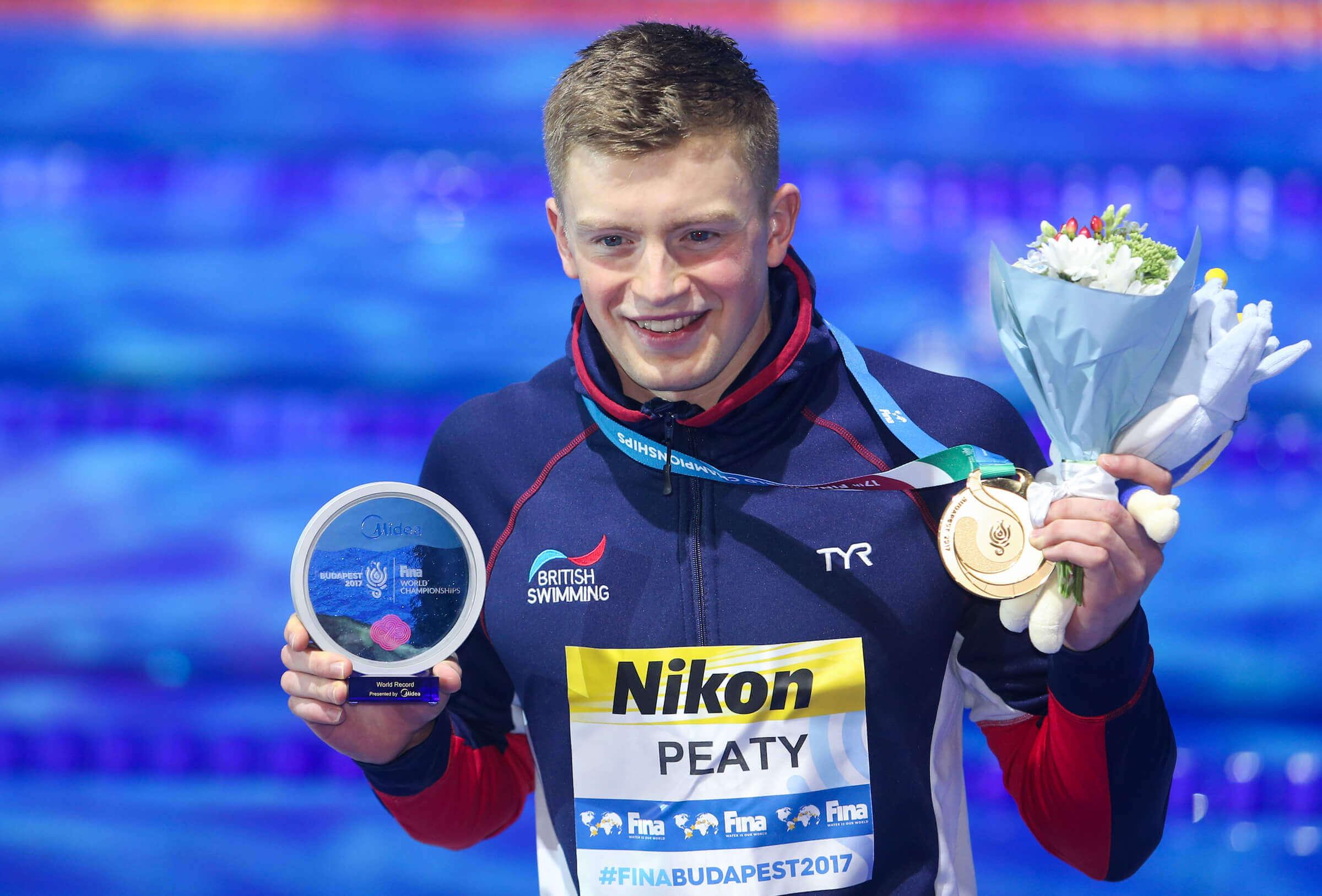 adam-peaty-medal-2017-world-champs