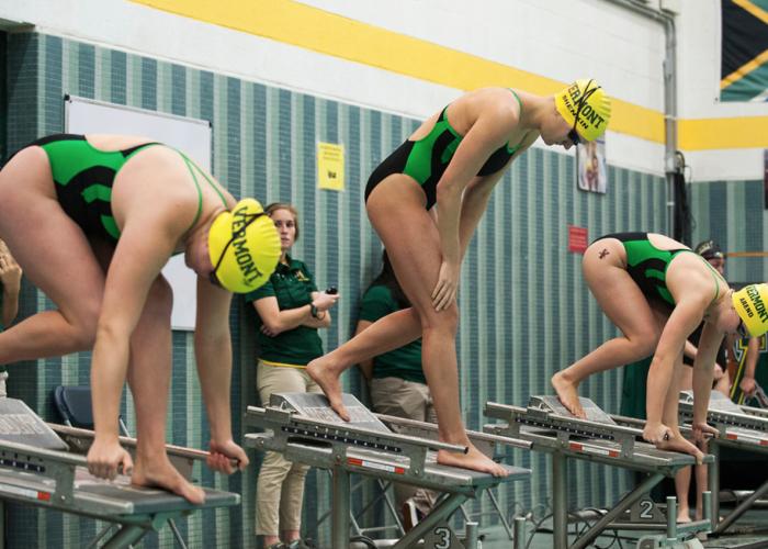 vermont-uvm-race-start-block-dive-meet