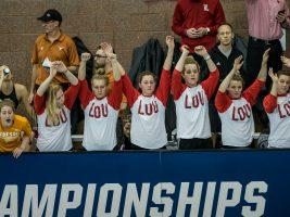 louisville-cheering-