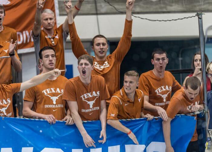 texas-cheering-