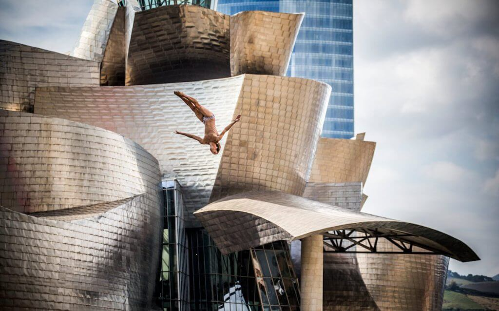 Gary Hunt of the UK dives from the 27.5 metre platform on La Salve bridge during the eighth and final stop of the Red Bull Cliff Diving World Series, Bilbao, Spain on September 26th 2015. // Romina Amato/Red Bull Content Pool // AP-1JZF2RBQ51W11 // Usage for editorial use only // Please go to www.redbullcontentpool.com for further information. //