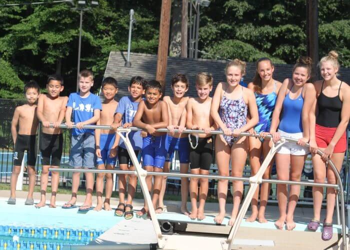 swimming-friends