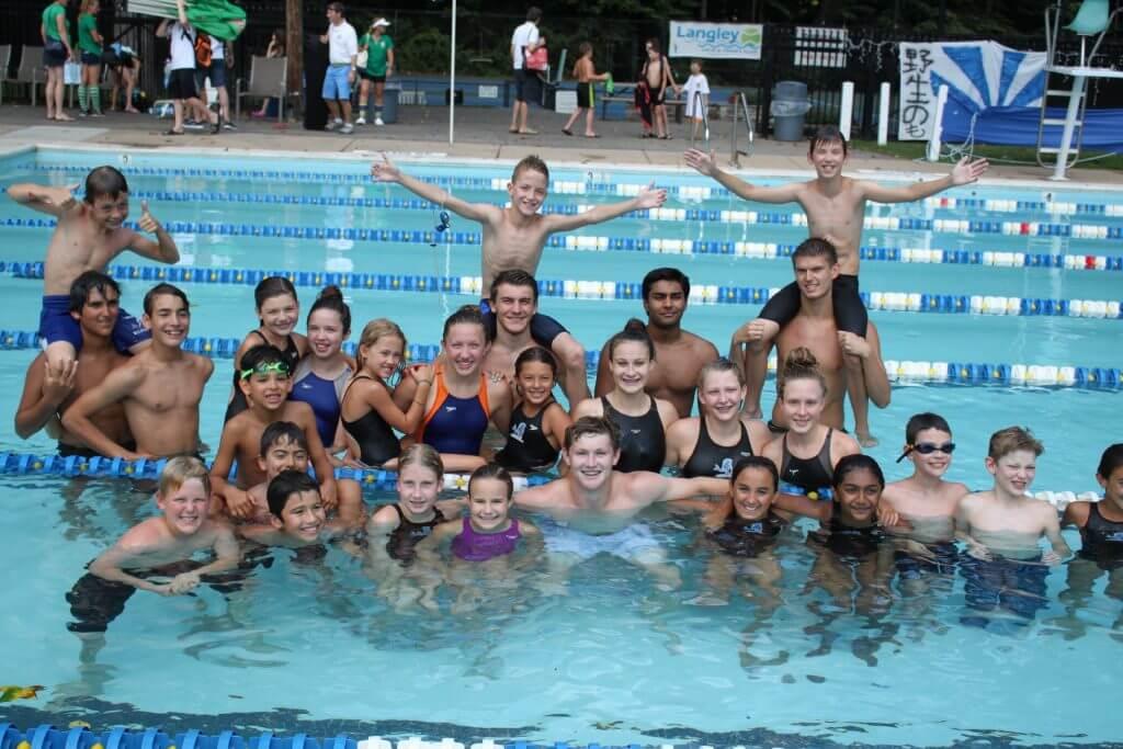 happy-swimmers