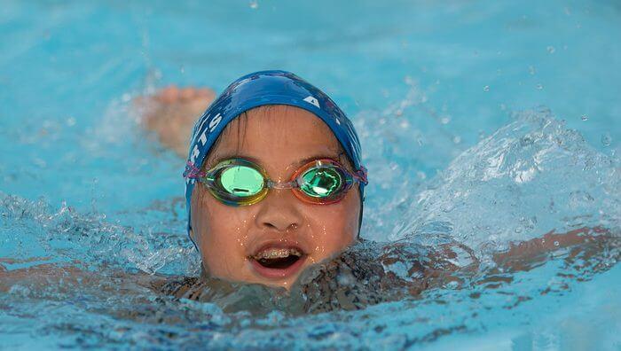 ajroberts-smiling-swimming-summer league
