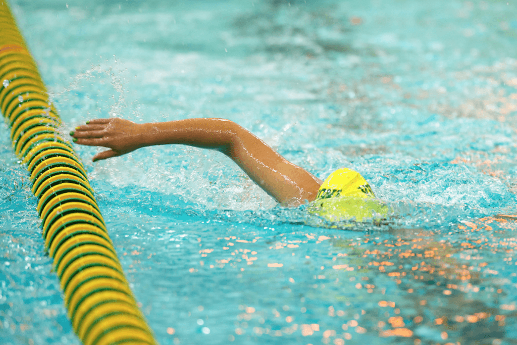 lane-line-freestyle-swim-stroke