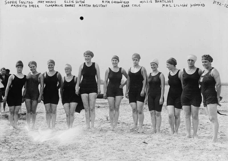 Women-In-Swimming