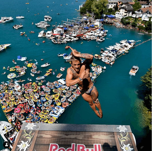 aerial-view-diving-red-bull