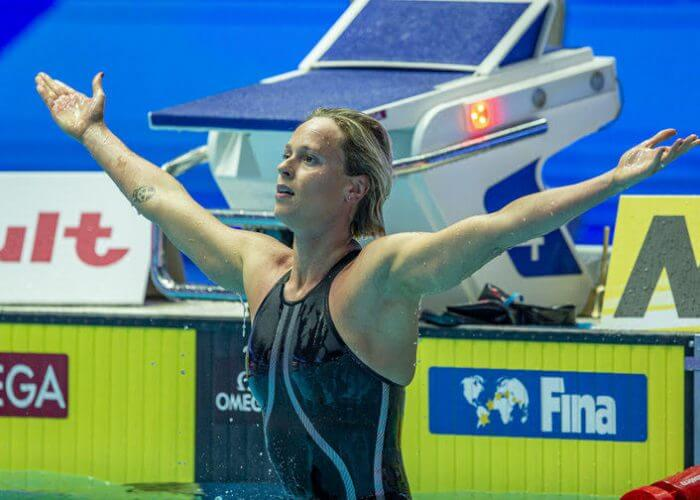 Federica Pellegrini of Italy celebrates after winning in the women's 200m Freestyle Final during the Swimming events at the Gwangju 2019 FINA World Championships, Gwangju, South Korea, 24 July 2019.
