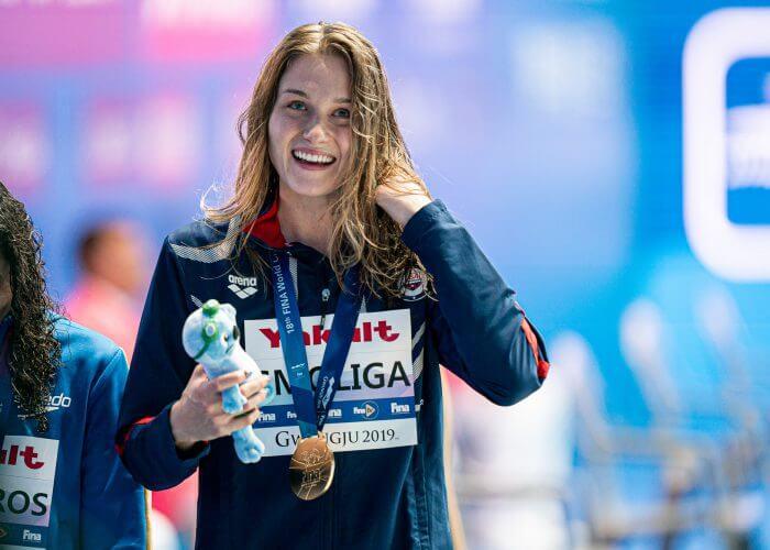 olivia-smoliga-50-back-final-2019-world-championships