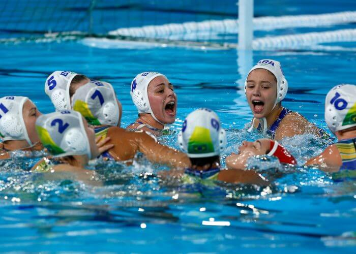 Lima, Saturday August 10, 2019 - Brazil 's Water Polo women team celebrates after winning the bronze medal against Cuba in Water Polo at the Complejo Deportivo Villa Maria del Triunfo at the Pan American Games Lima 2019 . Copyright Enrique Cuneo / Lima 2019 Mandatory credits: Lima 2019 ** NO SALES ** NO ARCHIVES **