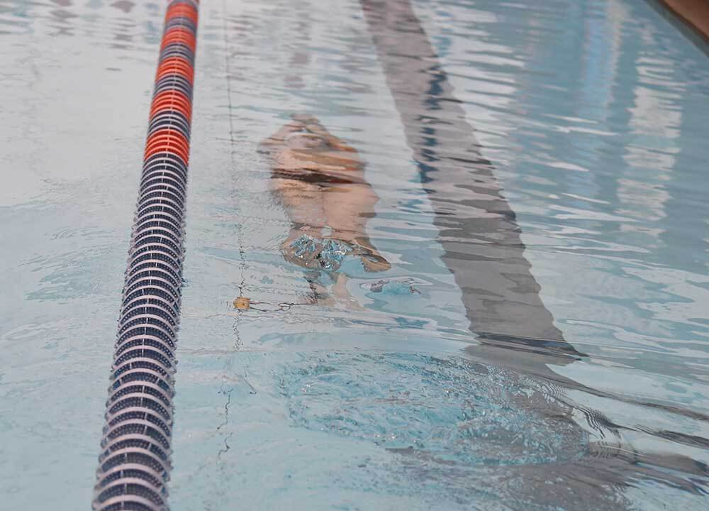 lochte-gmx7-underwater-aquatic-resistance-training