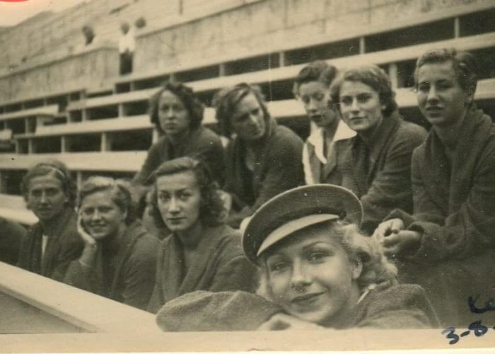 Iris Photobook_10 - Womens Swimming Team waiting to train in the pool