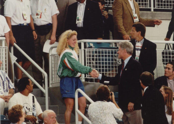 02 Michelle Smith with Bill Clinton (1996 Olympics) by Tim Morse1
