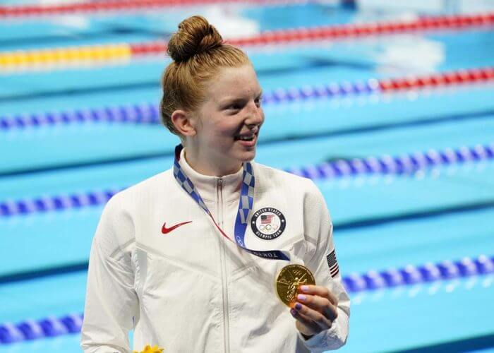 lydia jacoby, olympics, Jul 27, 2021; Tokyo, Japan; Lydia Jacoby (USA) with her gold medal during the medals ceremony for the women's 100m breaststroke during the Tokyo 2020 Olympic Summer Games at Tokyo Aquatics Centre. Mandatory Credit: Rob Schumacher-USA TODAY Sports