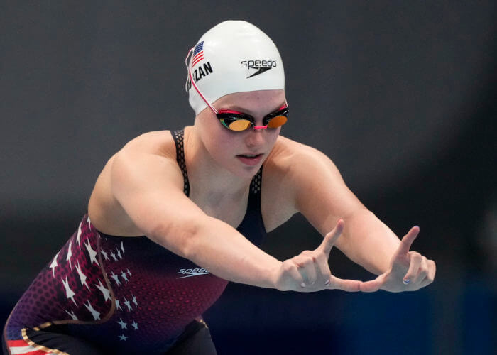 Jul 30, 2021; Tokyo, Japan; Claire Curzan (USA) in the women's 4x100m medley heats during the Tokyo 2020 Olympic Summer Games at Tokyo Aquatics Centre. Mandatory Credit: Rob Schumacher-USA TODAY Sports