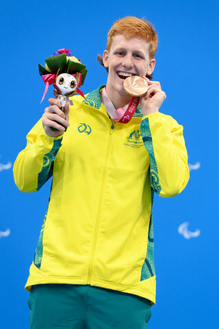 100m_Butterfly_S10_Col_Pearse_Medal_3