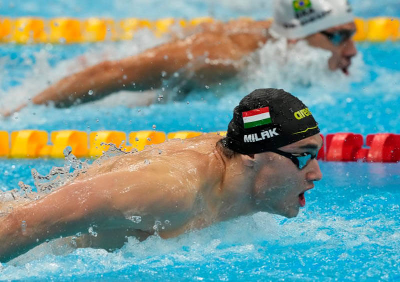 Swimming World October 2021 - Maximizing Swimming Velocity (Part 5) - Minimizing The Arm Recovery Phase by Rod Havriluk - fig 2